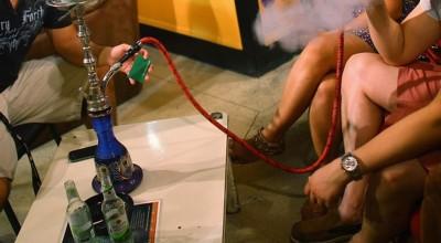 Jovem perde parte do pulmão após contrair fungos por uso de narguilé