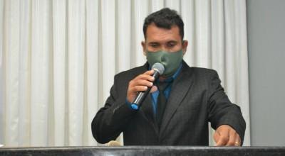 Vereador Cidinei da 200 destaca parceria com senador Confúcio Moura