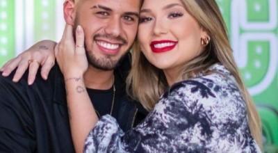 Zé Felipe diz que ainda não trocou fralda da filha e planeja aumentar família