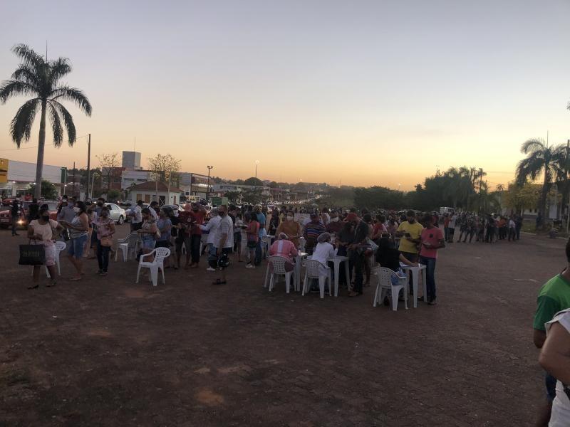 Mais de 1700 pessoas foram vacinadas contra a COVID-19 nesta sexta-feira em Rolim de Moura