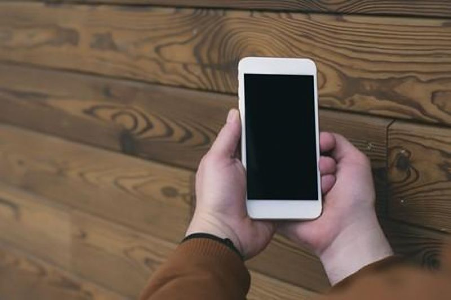 Qual é o iPhone mais barato? Modelo e recursos