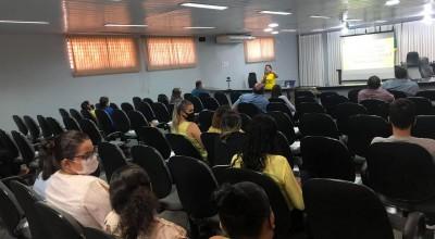 Câmara Municipal promove palestra alusiva ao Setembro Amarelo para os Servidores da Casa