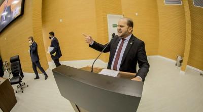 Deputado Cirone Deiró libera recursos para construção de ponte, em Espigão do Oeste