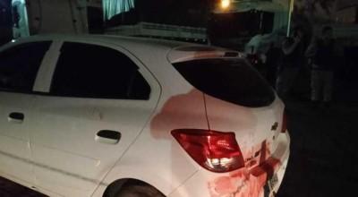 Confundida com ladrões, mulher foge e tem carro alvejado pela Polícia Militar
