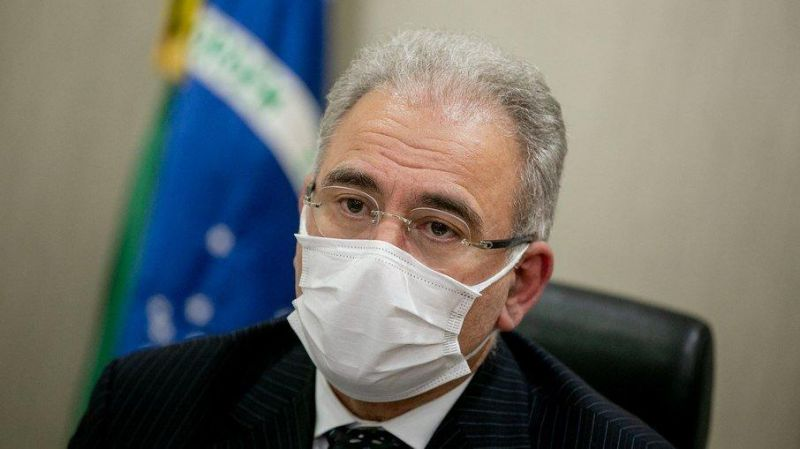 Ministro da Saúde testa negativo para covid