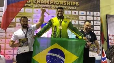 Rolimourense Thiago Huck é campeão mundial de Powerlifting