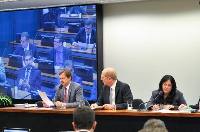 Tema dominante nos debates em 2015, pedaladas fiscais voltam à pauta em fevereiro