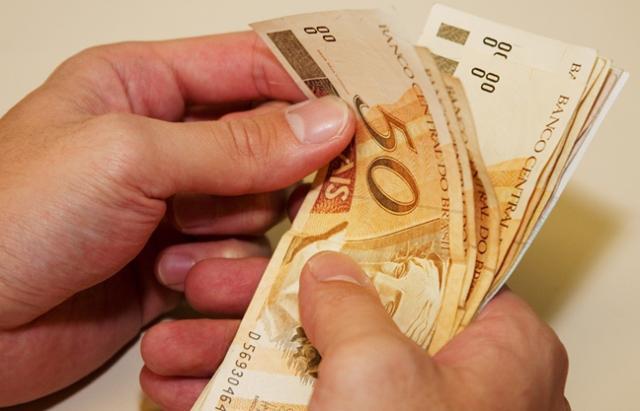 Salário comercial no interior de Rondônia aumenta 10,1% e chega a R$ 965