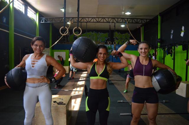 Bombeiras de Rondônia montam equipe feminina para competir em evento de crossfit no DF