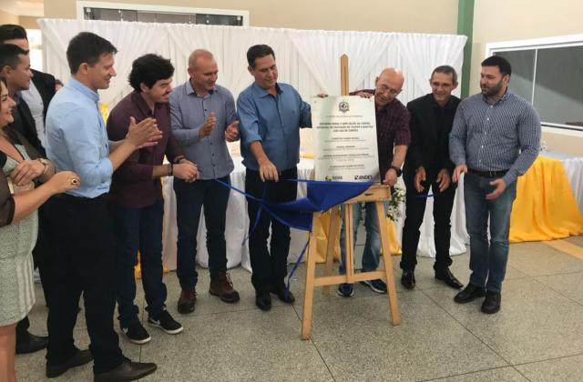 Maurão de Carvalho participa de inaugurações de reformas e melhorias em escolas