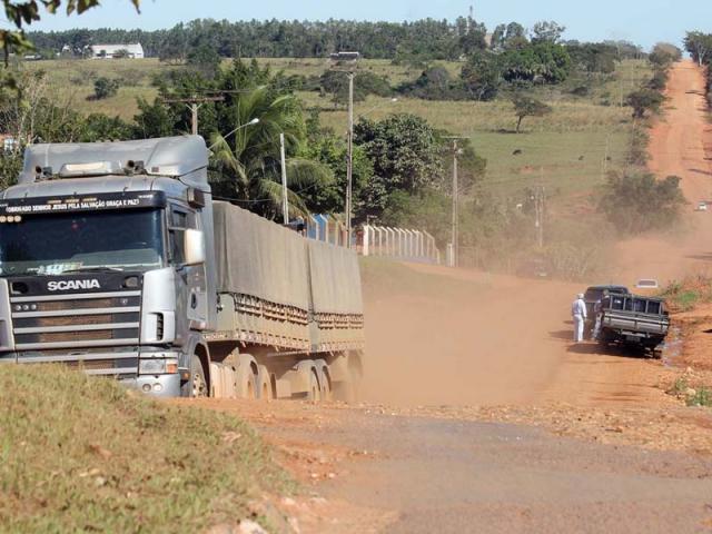 Pavimentação da 'Rodovia do Boi' começa neste mês
