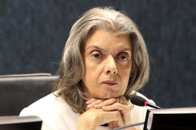 Carmem Lúcia deve reavaliar retirada de PMs da transposição