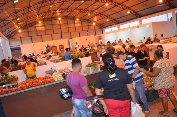 Rolim de Moura: Feirão do Produtor é inaugurado e entregue para a população