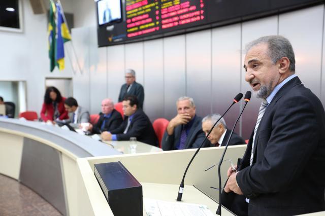 Hermínio Coelho propõe PEC para garantir transposição ou realocação dos servidores da Eletrobrás