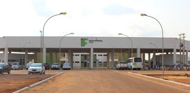 Instituto Federal de Rondônia abre concurso com salários de até R$ 4,6 mil