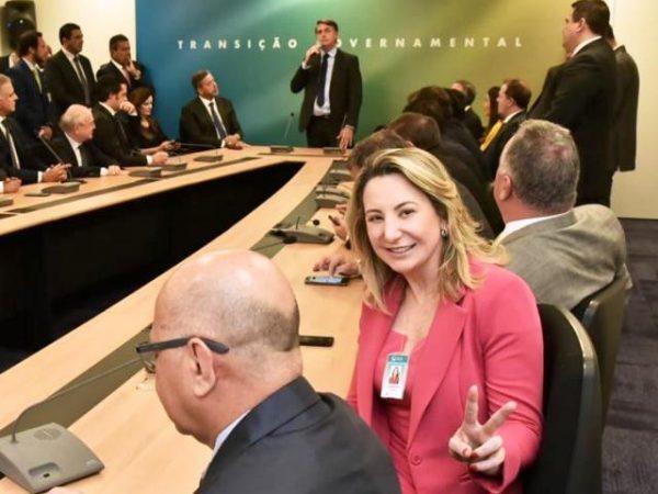 EM REUNIÃO COM BOLSONARO, JAQUELINE CASSOL FALA DAS NECESSIDADES DE RONDÔNIA