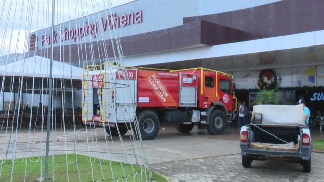 Bombeiros registram princípio de incêndio em shopping de RO