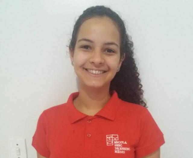 Alunos de escolas públicas e bolsista de RO são aprovados em escola modelo do RJ