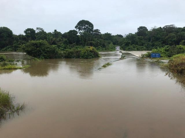 Ponte segue submersa e tráfego na RO-459 deve ser liberado só no final de 2019, diz DER em RO