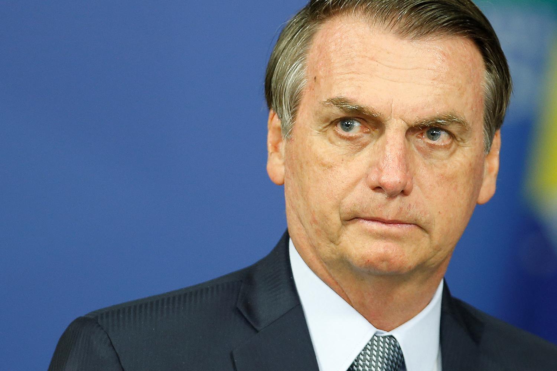 Extremamente irritado, Bolsonaro faz live ao vivo e detona rede ...