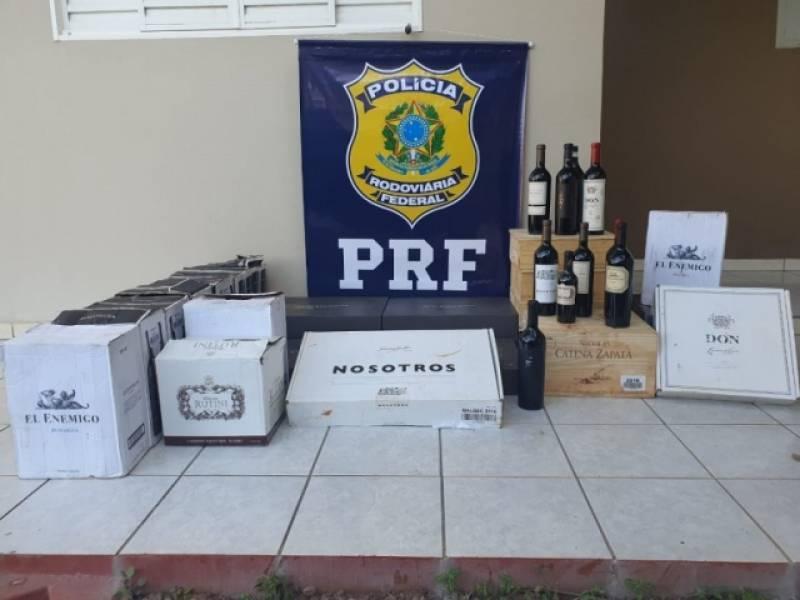 Idoso é flagrado tentando entrar em Rondônia com mais de 200 garrafas de vinho sem nota fiscal