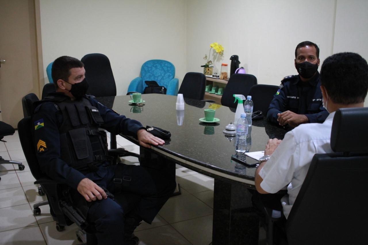 Prefeito Aldo Júlio se reúne com comandante da PM de Rolim de Moura