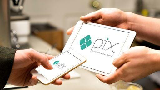 Pix: cobrança exige cuidados contra golpes