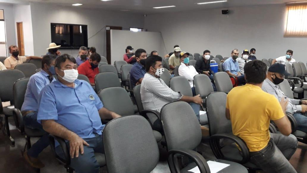 Vereador Eliomar Monteiro anuncia que associação de produtores rurais receberão secadores de café