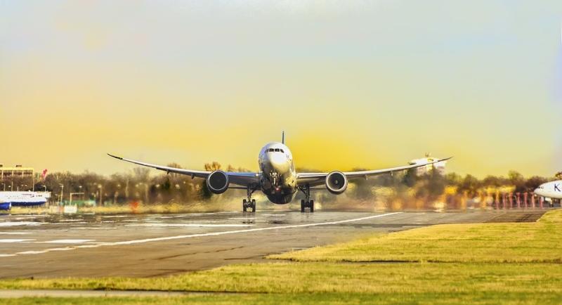 Avião que começou a ser operado em Vilhena é comandado por mulher