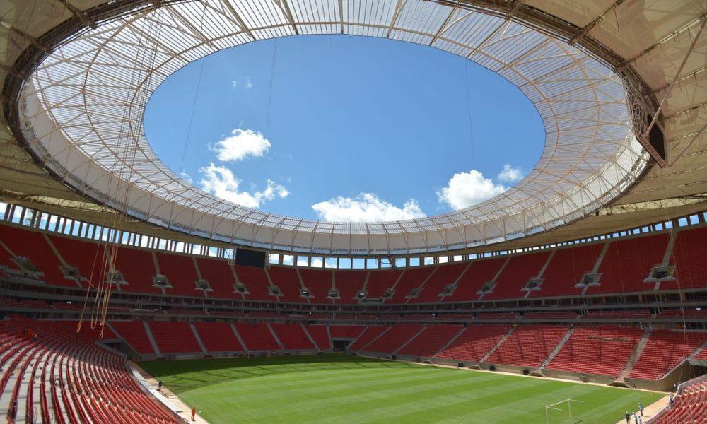 Bolsonaro irá a jogo do Flamengo em Brasília